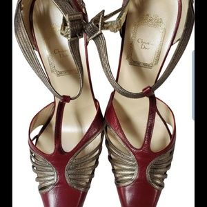 New CHRISTIAN Dior CLOSED POINTED TOE HEELS